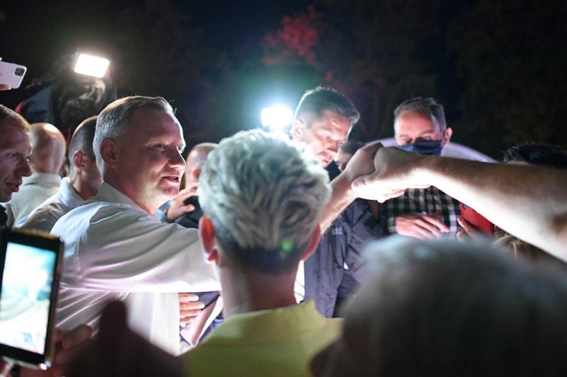 Andrzej Duda podczas spotkania z mieszkańcami w Końskich /Marcin Obara /PAP