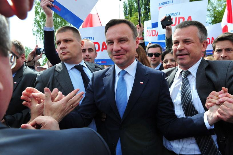 Andrzej Duda podczas spotkania z mieszkańcami /Marcin Bielecki /PAP
