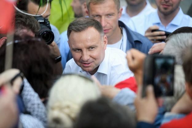 Andrzej Duda podczas spotkania z wyborcami w Czarnkowie /Jakub Kaczmarczyk /PAP