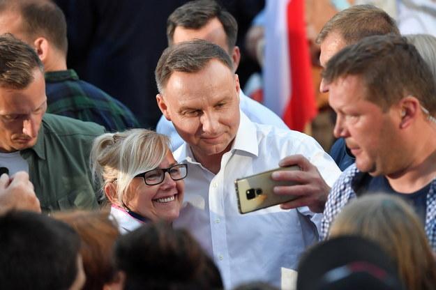 Andrzej Duda podczas spotkania z wyborcami w Człopie / Marcin Bielecki    /PAP