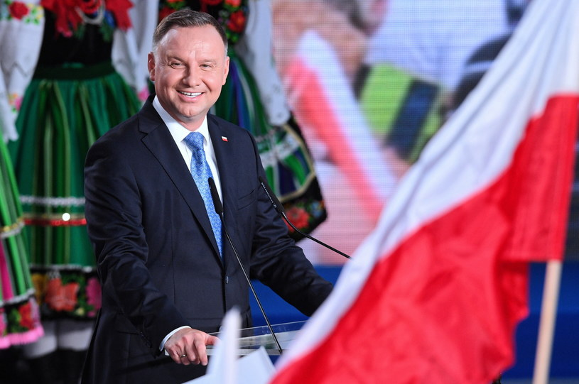 Andrzej Duda podczas swojego wieczoru wyborczego / Radek Pietruszka   /PAP