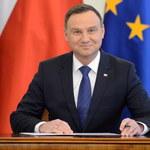 """Andrzej Duda podpisał budżet na 2017 rok. """"Musi liczyć się z konsekwencjami"""""""