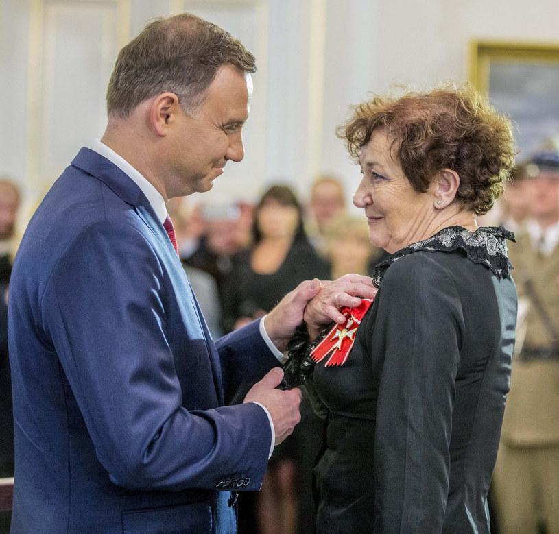 Andrzej Duda w 2015 roku odznaczył Ewę Dałkowską Krzyżem Komandorskim Orderu Odrodzenia Polski /Andrzej Iwańczuk /Reporter