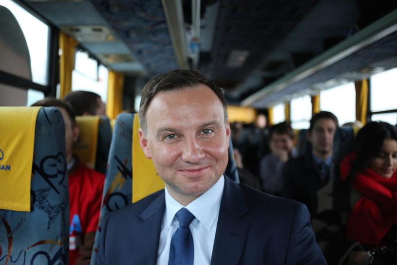 Andrzej Duda w autobusie /Leszek Szymański /PAP