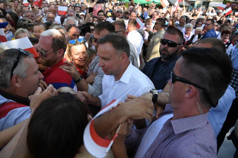 Andrzej Duda w ostatnim dniu kampanii wyborczej. /Darek Delmanowicz /PAP