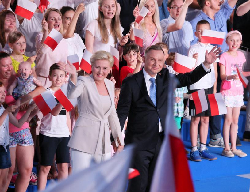 Andrzej Duda z małżonką /Piotr Molecki/East News /East News