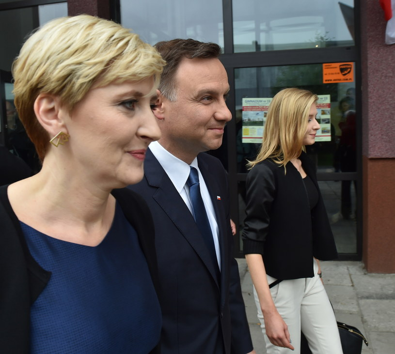 Andrzej Duda z żoną i córką /Jacek Bednarczyk /PAP