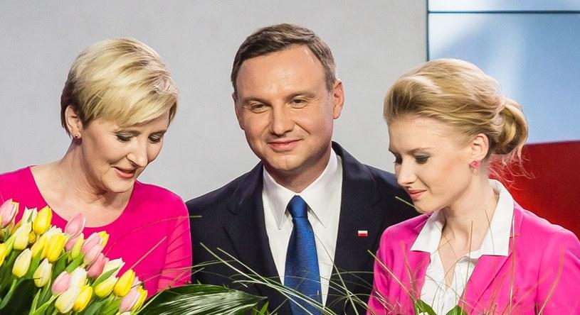 Andrzej Duda z żoną i córką /AFP /AFP