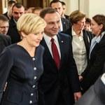 Andrzej Duda z żoną udają się do Watykanu