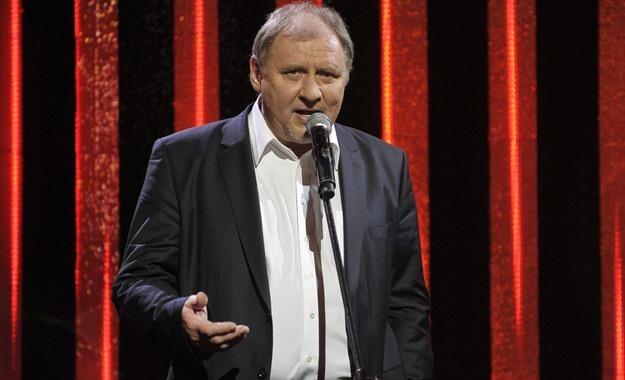 Andrzej Grabowski świetnie radzi sobie z rozbawianiem widzów /AKPA