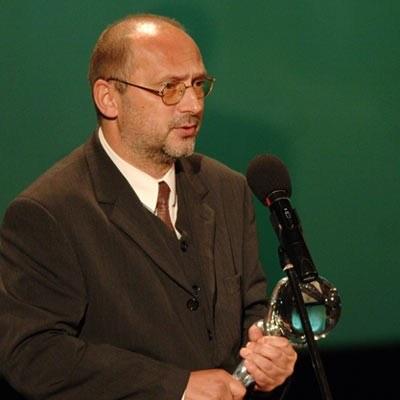 Andrzej Hudziak z nagrodą aktorską w Karlovych Varach - fot. oficjalna strona festiwalu /