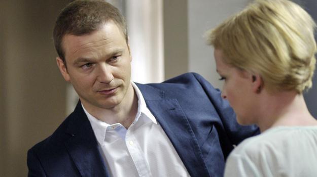 Andrzej (Krystian Wieczorek) i Marta (Dominika Ostałowska) postanowią być znowu razem / fot. Niemiec /AKPA
