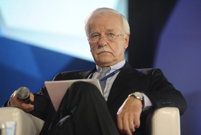 """Andrzej Olechowski: """"Dzisiaj bylibyśmy w zupełnie innej sytuacji, gdyby nie wieloletnie błędy PO"""" /Wojciech Stróżyk /Reporter"""