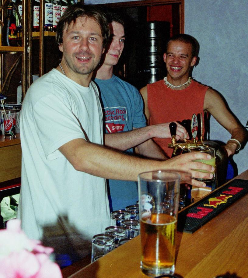 Andrzej Piaseczny i Michał Piróg na otwarciu klubu Soho, 2002 r. /Leszek Szymaniec/Studio69 /Agencja FORUM