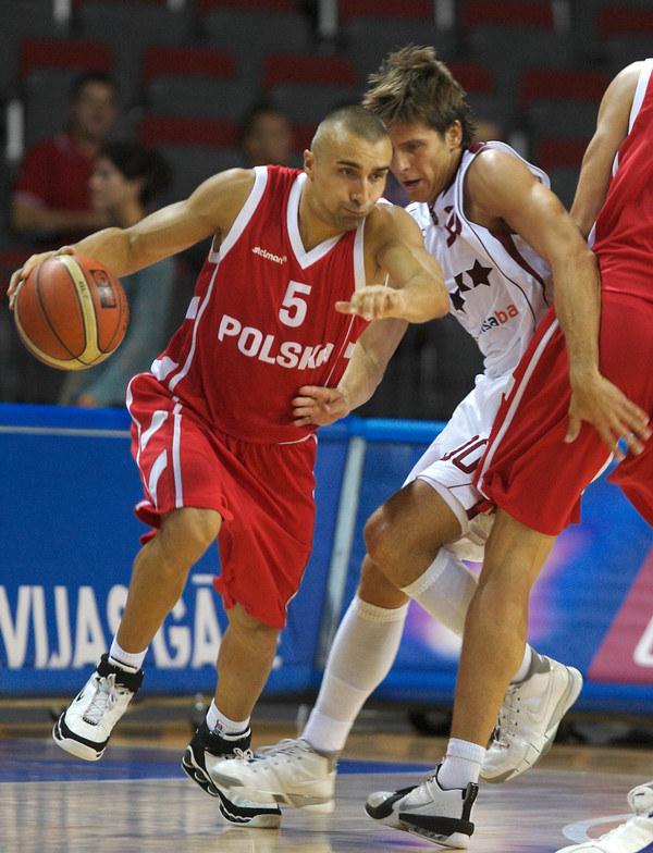 Andrzej Pluta senior przez lata był podporą reprezentacji Polski /AFP