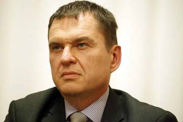 Andrzej Poczobut / Artur Reszko    /PAP