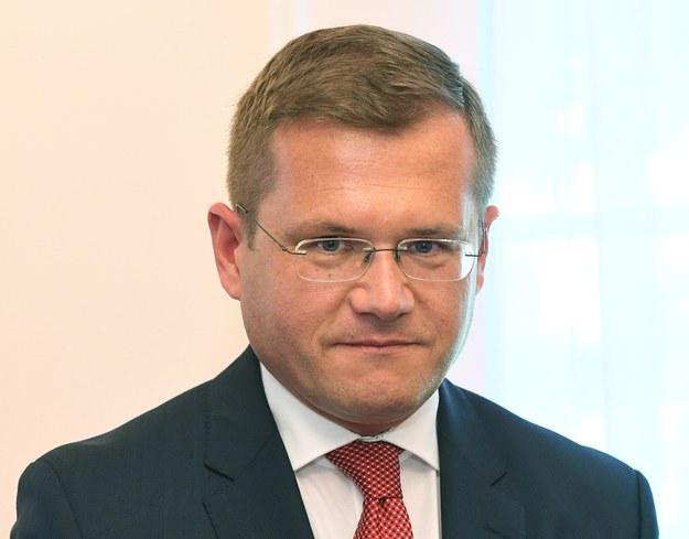 Andrzej Sadoś / Radek Pietruszka   /PAP