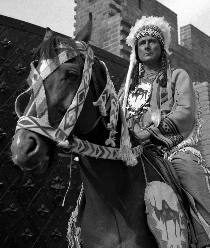 """Andrzej Szalawski w filmie """"I ty zostaniesz Indianinem"""" (1962) /INPLUS /East News"""
