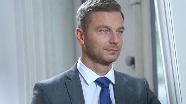 Andrzej uwielbia flirtować z kobietami. Co na to jego żona? /www.mjakmilosc.tvp.pl/
