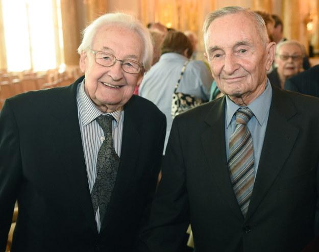 Andrzej Wajda i Henryk Samsonowicz /PAP/Radek Pietruszka    /PAP