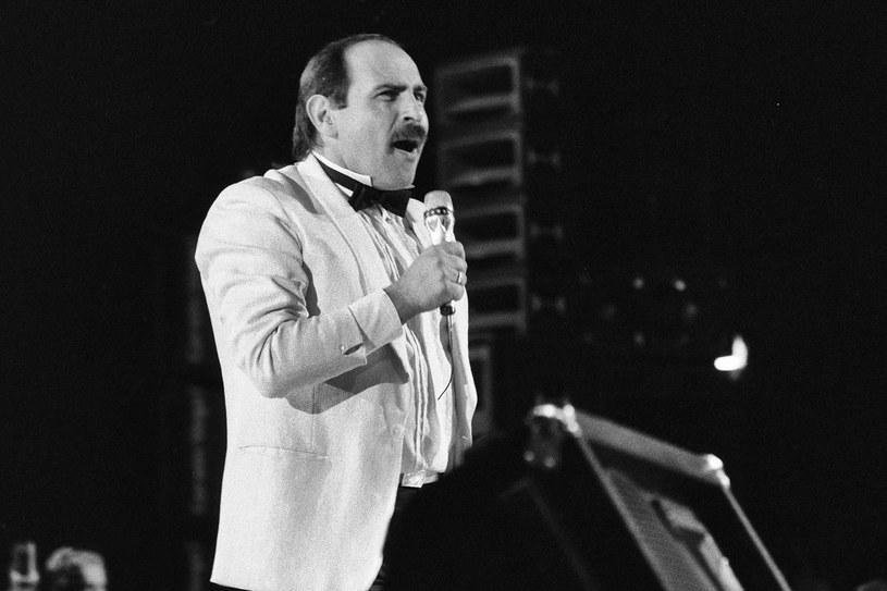 Andrzej Zaucha na Krajowym Festiwalu Piosenki Polskiej w Opolu w roku 1986 /Jacek Barcz /Agencja FORUM