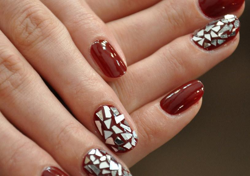 Andrzejki są świetną okazją, by zaszaleć z kolorem paznokci /materiały prasowe