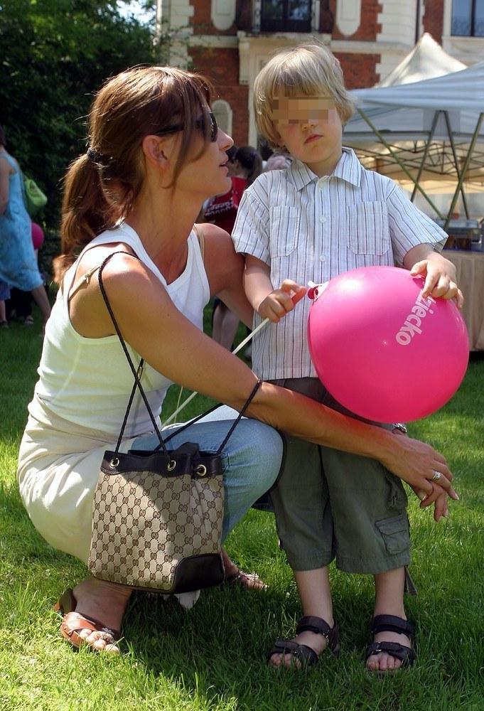 Aneta Kręglicka z synem (2005 rok) /- /East News