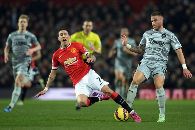 Angel Di Maria (czerwony strój) jeszcze w barwach Manchesteru United /AFP