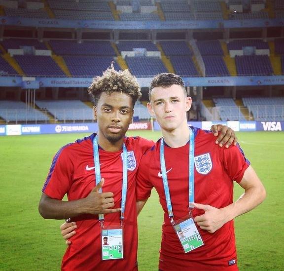 Angel Gomes (z lewej) przed finałem MŚ U-17 /Instagram @angel.gomes10 /Internet