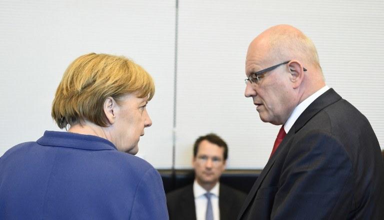 Angela Merkel i lider partii CSU Volker Kauder /AFP