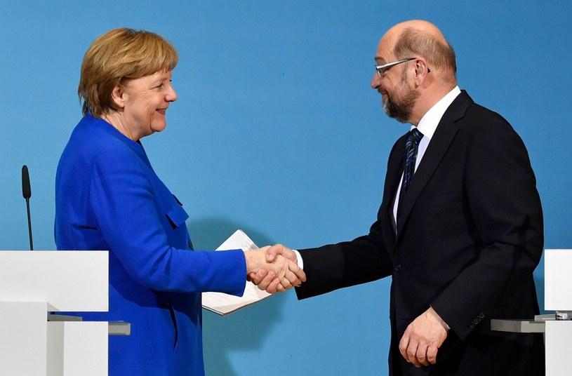 Angela Merkel i Martin Schulz porozumieli się co do przysżłości /AFP