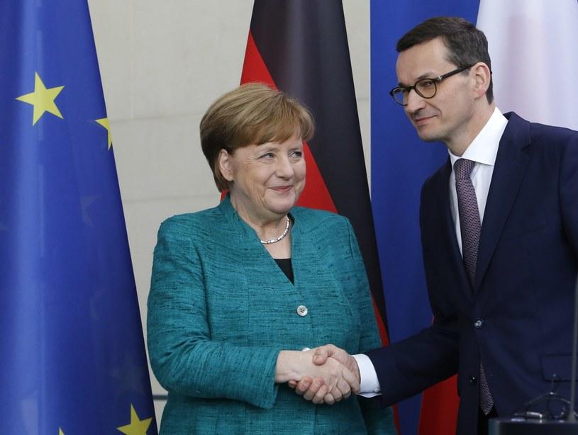Angela Merkel i Mateusz Morawiecki /Ferdinand Ostrop /AP