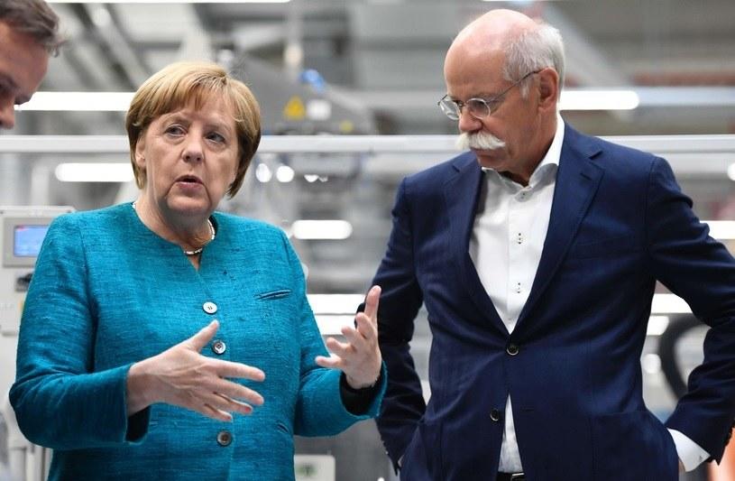 Angela Merkel i szef Daimlera Dieter Zetsche /AFP