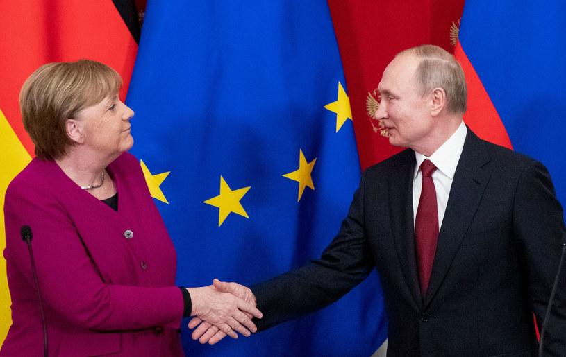 Angela Merkel i Władimir Putin /Pavel Golovkin/ AFP /East News