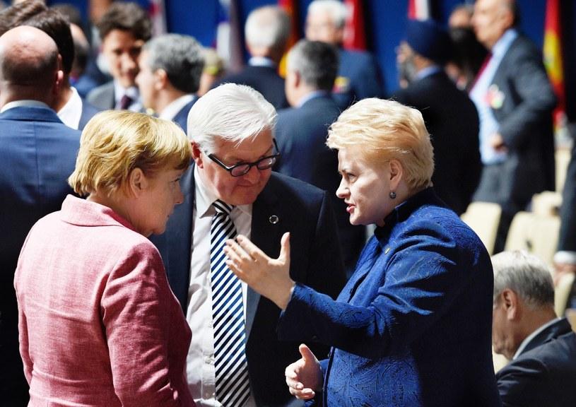 Angela Merkel podczas rozmowy z prezydent Litwy Dalią Grybauskaite /PAP/EPA