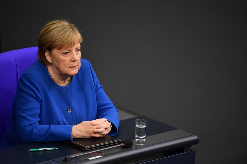 Angela Merkel w Bundestagu /Clemens Bilan /PAP/EPA
