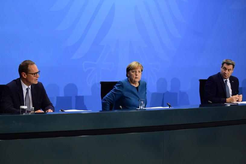 Angela Merkel w czasie konferencji prasowej po decyzji o wprowadzeniu kolejnych obostrzeń. /FILIP SINGER / POOL /PAP/EPA