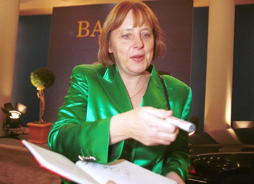 Angela Merkel w ostatniej dekadzie zrezygnowała z połyskujących marynarek, nie ma dla niech miejsca w polityce /Getty Images