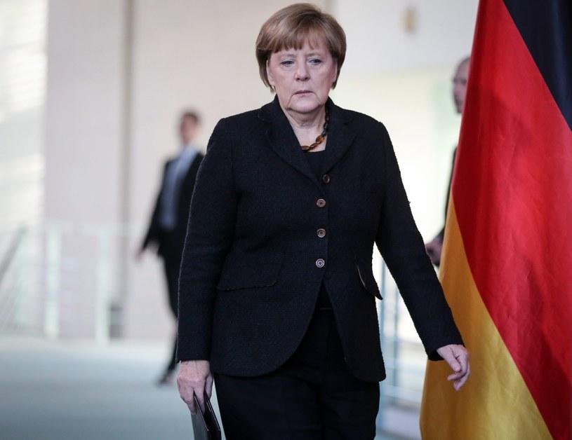 Angela Merkel wciąż traci poparcie /AFP