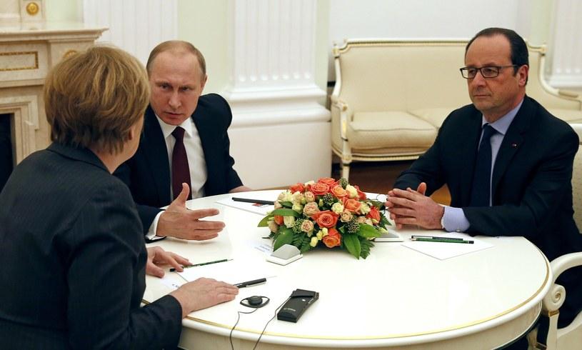 Angela Merkel, Władimir Putin i Francois Hollande podczas spotkania w Moskwie /AFP