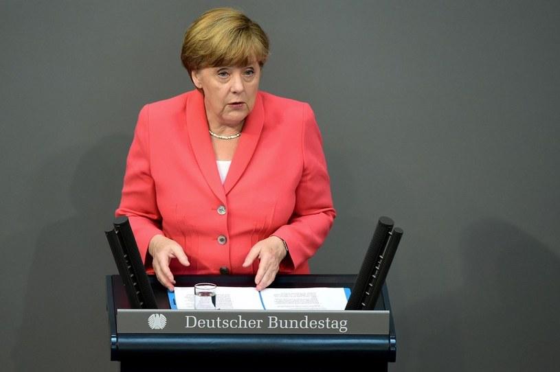 Angela Merkel zaapelowała do parlamentarzystów o udzieleniu rządowi mandatu dla negocjacji z Atenami /AFP /East News