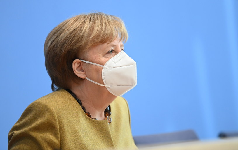 Angela Merkel zapowiada zaszczepienie wszystkich chętnych NIemców do końca lata /FILIP SINGER /PAP/EPA