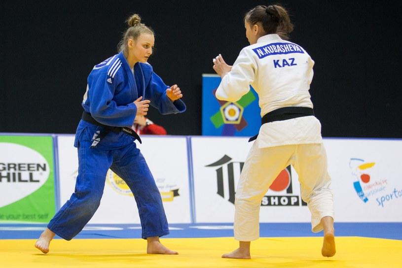 Angelika Szymańska (z lewej) /Tomasz Jastrzębowski /East News