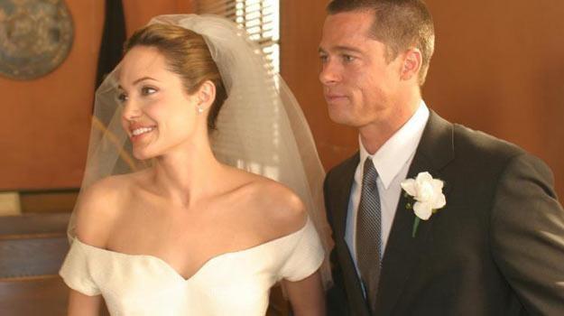 """Angelina Jolie i Brad Pitt wzięli już ślub na planie filmu """"Pan i pani Smith"""" (2005). /"""