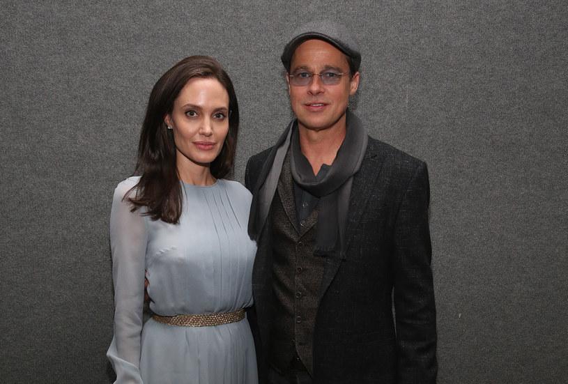 Angelina Jolie i Brad Pitt /Robin Marchant /Getty Images
