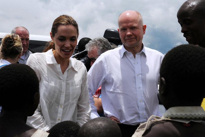 Angelina Jolie i William Hague w Afryce, 25 marzec 2013 r. /AFP