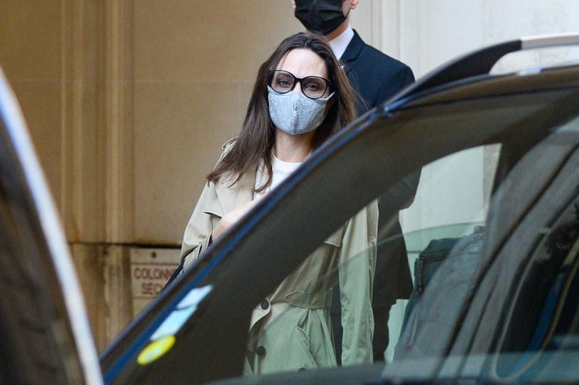 Angelina Jolie jest bardzo zestresowana. Mało je i ciągle chudnie / Marc Piasecki / Contributor /Getty Images