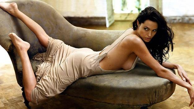 Angelina Jolie nie grała w filmach przez 4 lata, a i tak jest uznawana za najpopularniejszą aktorkę /materiały prasowe