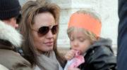 Angelina Jolie poroniła?