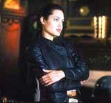 "Angelina Jolie w filmie ""Lara Croft: Tomb Raider"" /"